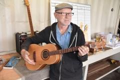 Tenor Guitar 1